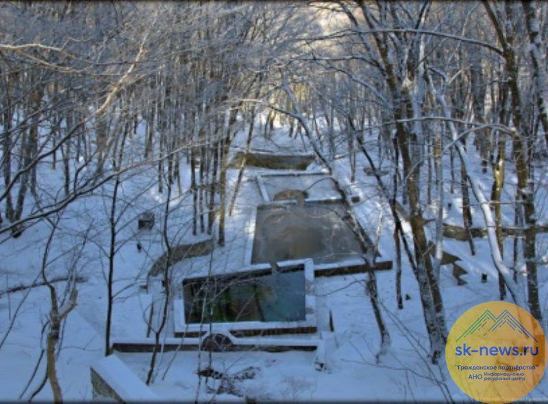 «Скорая помощь» оказалась в снежном плену с пациенткой на Холодных родниках Ставрополя